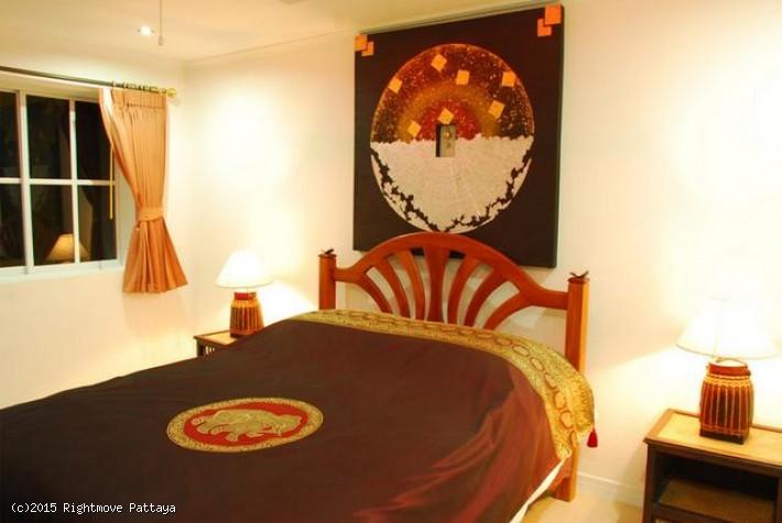 pic-2-Rightmove Pattaya 1 bedroom condo in pratumnak for sale tudor court   for sale in Pratumnak Pattaya
