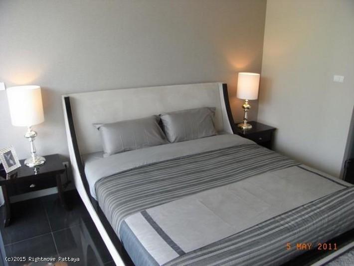 pic-2-Rightmove Pattaya 1 bedroom condo in wongamart naklua for sale club royal906453354   à vendre Dans Wong Amat Pattaya