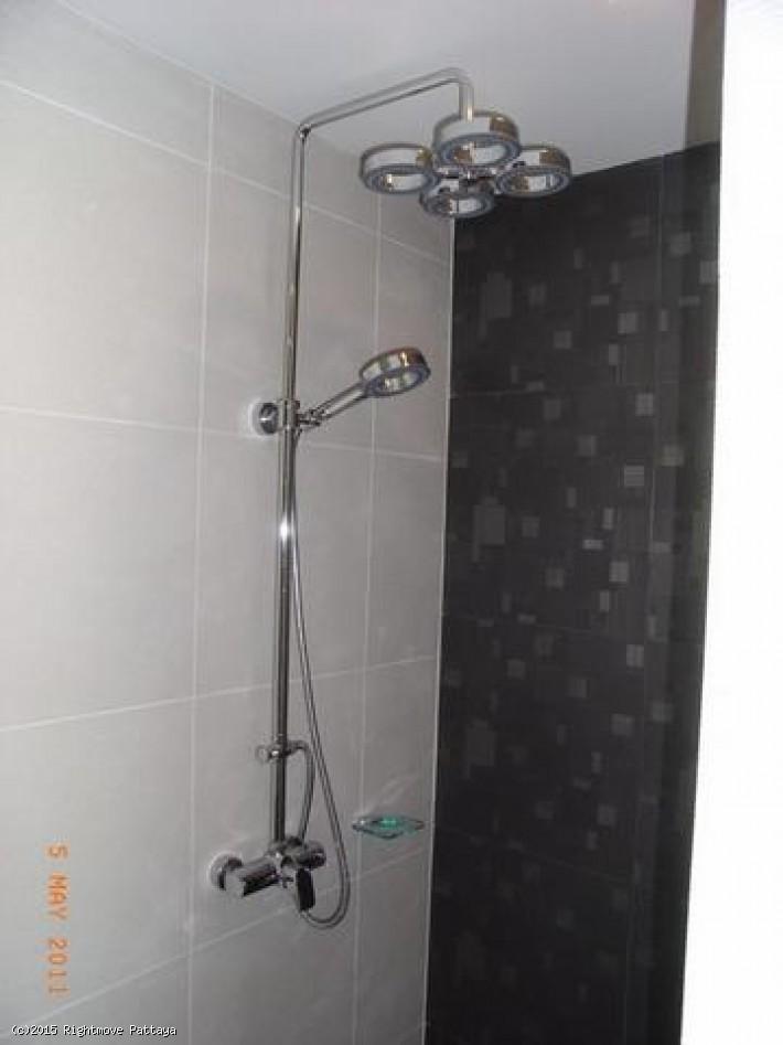 pic-5-Rightmove Pattaya 1 bedroom condo in wongamart naklua for sale club royal906453354   à vendre Dans Wong Amat Pattaya