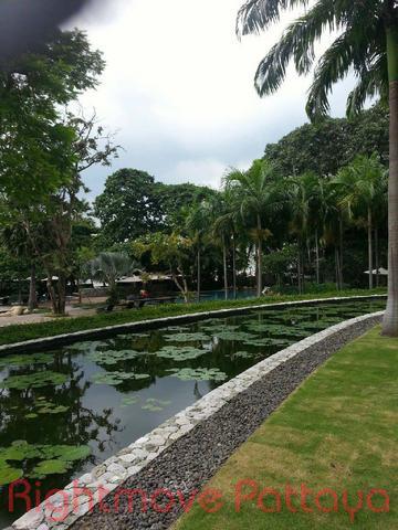 pic-2-Rightmove Pattaya   Condominiums to rent in Wong Amat Pattaya