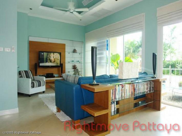 pic-2-Rightmove Pattaya 3 bedroom condo in jomtien for rent the residence   to rent in Jomtien Pattaya