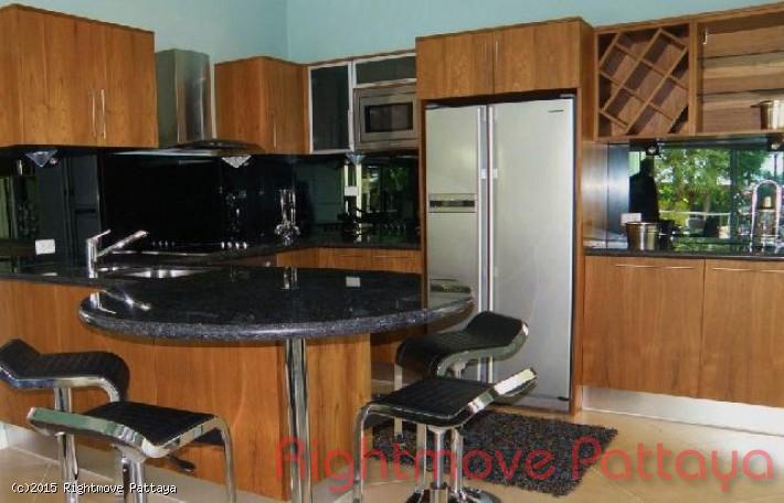 pic-4-Rightmove Pattaya 3 bedroom condo in jomtien for rent the residence   to rent in Jomtien Pattaya