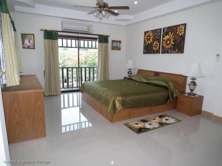 2 bedroom condo in jomtien for rent not in a village  to rent in Jomtien Pattaya