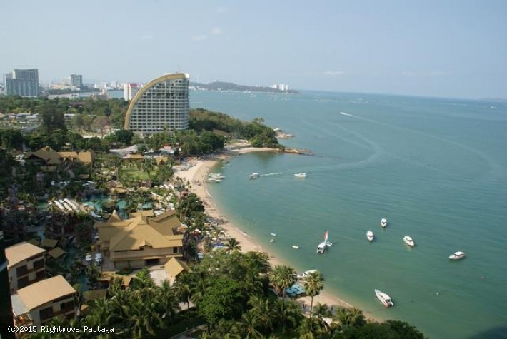 pic-1-Rightmove Pattaya 3 bedroom condo in wongamart naklua for rent sky beach   to rent in Wong Amat Pattaya