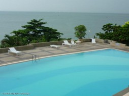 2 Beds Condo For Rent In Ban Amphur - VIP Condochain