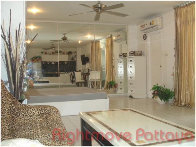 pic-3-Rightmove Pattaya   分譲マンション 販売 で Pratumnak パタヤ
