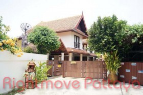 3 Bed House For Rent In Jomtien - Ce Palais