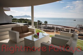 Studio Condo For Sale In Na Jomtien - Pure