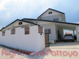 3 Bed House For Sale In Bang Saray - Not In A Village