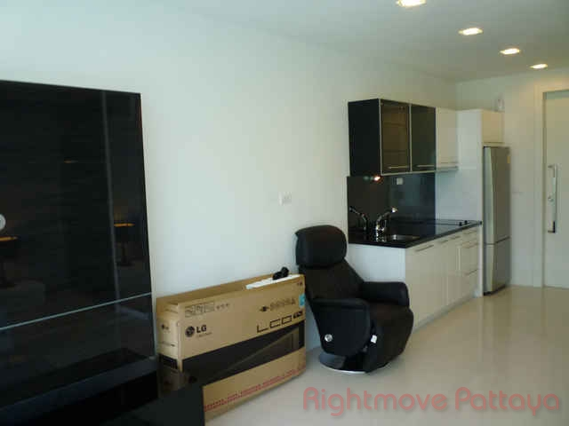 pic-4-Rightmove Pattaya   Condominiums for sale in Wong Amat Pattaya