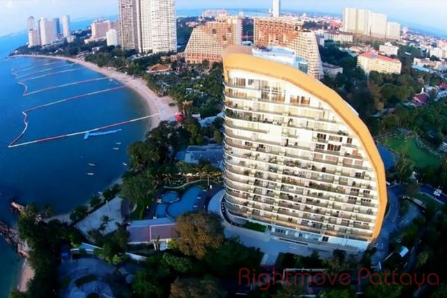 Rightmove Pattaya   Condomini per la vendita In Wong Amat Pattaya