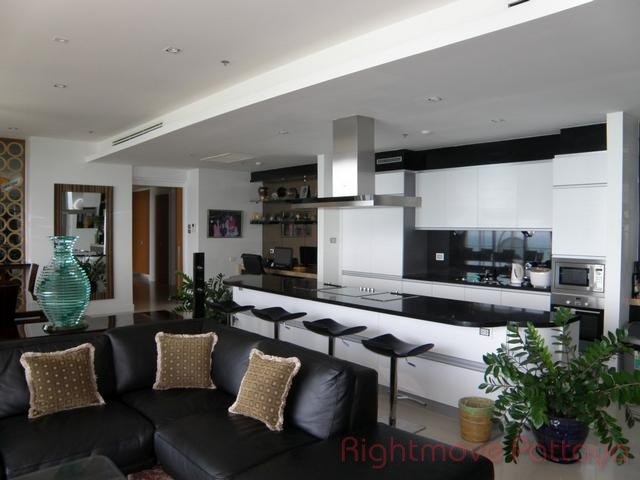 pic-3-Rightmove Pattaya   Condomini per la vendita In Wong Amat Pattaya