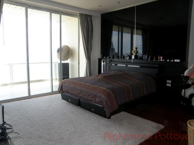 pic-4-Rightmove Pattaya   Condomini per la vendita In Wong Amat Pattaya