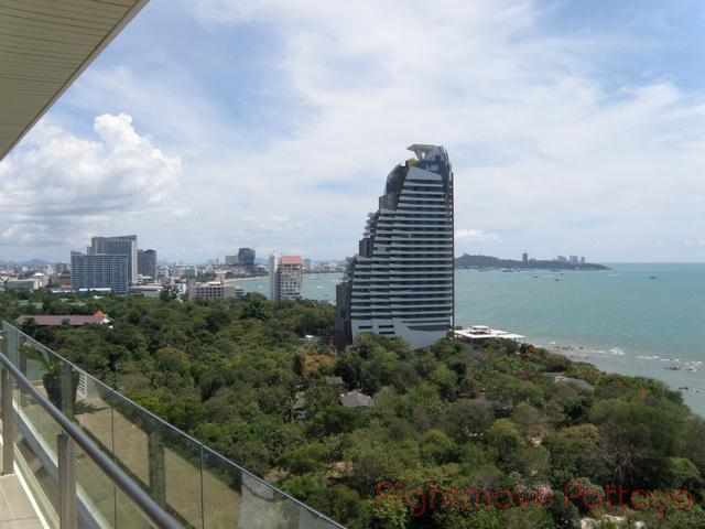 pic-6-Rightmove Pattaya   Condomini per la vendita In Wong Amat Pattaya