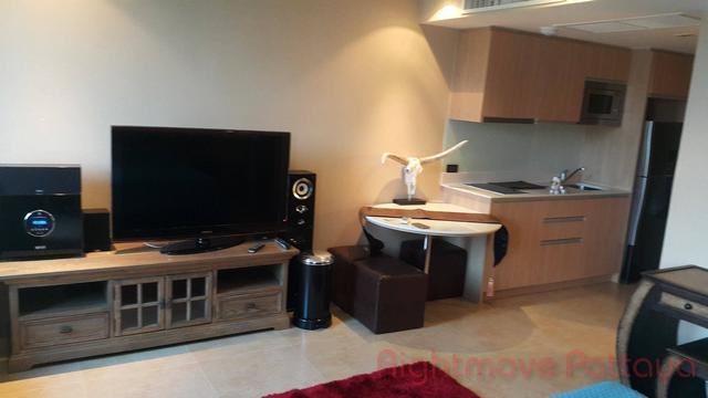 pic-3-Rightmove Pattaya   Condominiums for sale in Pratumnak Pattaya