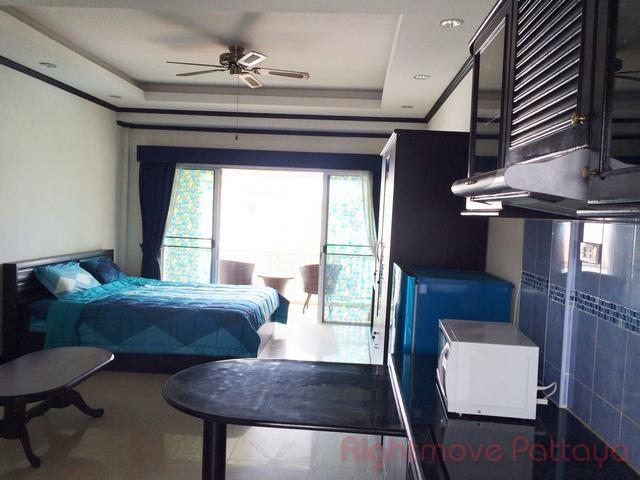 studio condo in bang saray for sale beach mountain 1  for sale in Bang Saray Pattaya