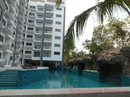 Studio Condo For Sale In Wongamat - Club Royal
