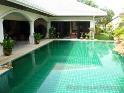 4 Beds House For Rent In Jomtien - Jomtien Park Villas