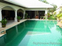4 Beds House For Rent In Jomtien - Jomtien Park Villas
