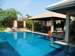 5 Beds House For Rent In Jomtien - Jomtien Park Villas
