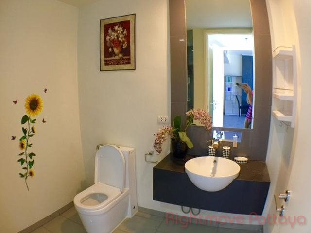 pic-5-Rightmove Pattaya   Condominiums to rent in Wong Amat Pattaya