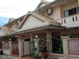 2 Beds House For Sale In East Pattaya - Royal Green Park