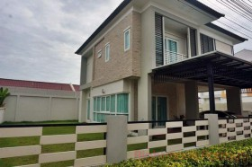 2 Beds House For Sale In East Pattaya - Patta Village