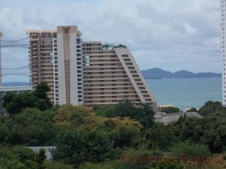 1 Bed Condo For Sale In Wongamat - Tropicana