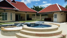 4 Beds House For Rent In East Pattaya - Foxlea Villas