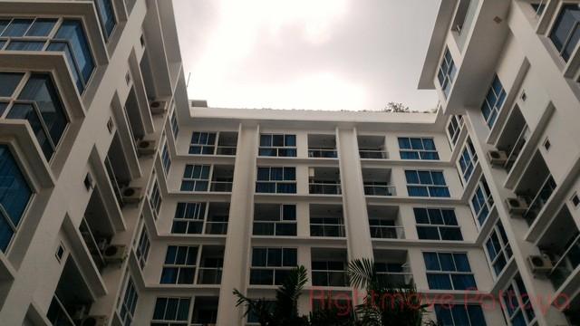 1 bedroom condo in wongamart naklua for sale serenity    te koop In Wong Amat Pattaya