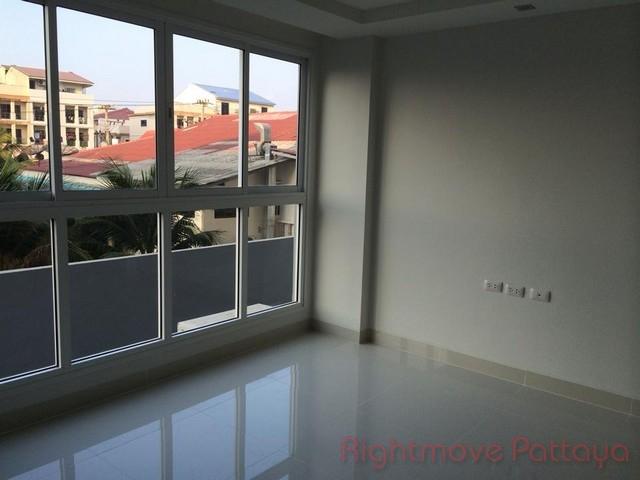 Condominiums for sale in Naklua Pattaya