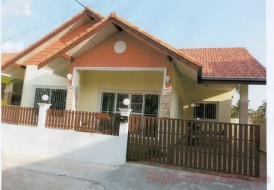 2 Beds House For Sale In East Pattaya - Passorn Village 2