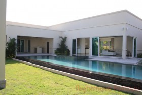3 Beds House For Sale In East Pattaya - The Vineyards 2
