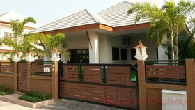 4 Beds House For Rent In East Pattaya - Baan Dusit Pattaya