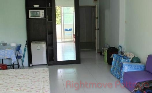 ruamchok 7 condominium for sale and for rent in pratumnak hill for sale in Pratumnak Pattaya