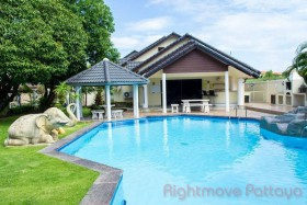 4 Bed House For Sale In South Pattaya - Holiday Garden Resort