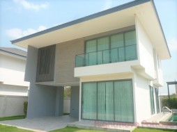 3 Beds House For Sale In East Pattaya - Patta Ville