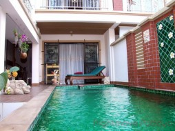 3 Beds House For Sale In Pratumnak - Not In A Village