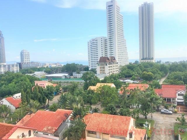 seven seas  Condominiums for sale in Jomtien Pattaya