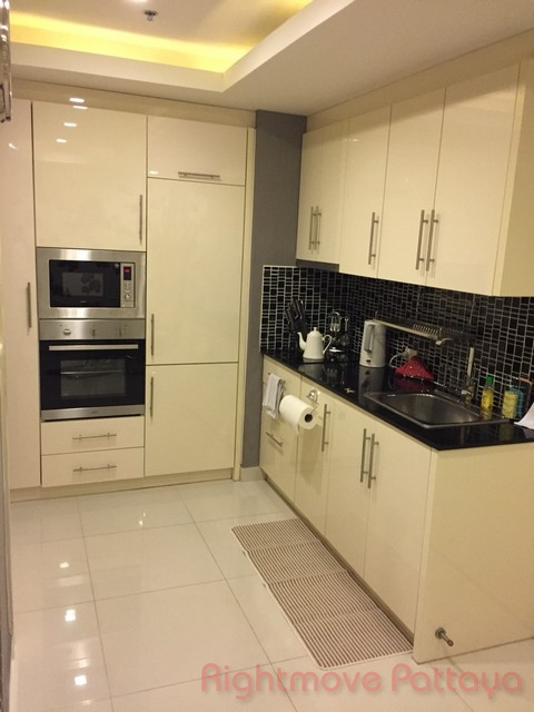 sea view condo  to rent in Central Pattaya Pattaya