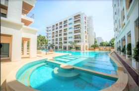Studio Condo For Sale In South Pattaya - Platinum Suites