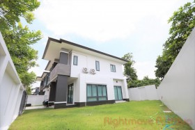 3 Beds House For Rent In East Pattaya - Patta Prime