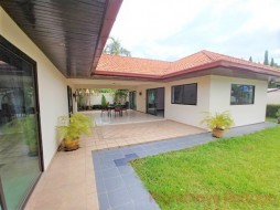 2 Beds House For Rent In Ban Amphur - Royal Phoenix