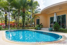2 Beds House For Sale In East Pattaya - Penguin Village