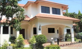 4 Bed House For Rent In East Pattaya - Paradise Villa 1