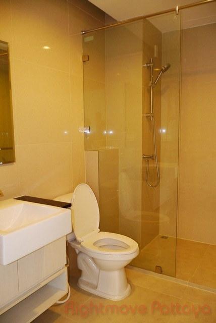 chokchai condominium for sale in east pattaya for sale in East Pattaya Pattaya