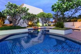 2 Bed Condo For Rent Jomtien - Panchalae