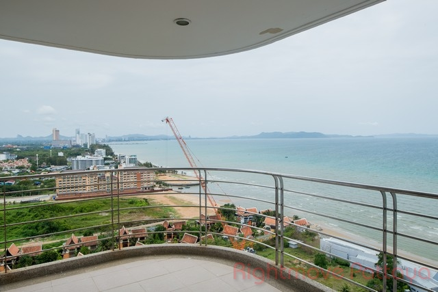Condominiums te koop In Na Jomtien Pattaya