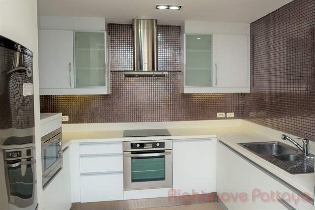 condo for sale & rent for sale in Central Pattaya Pattaya