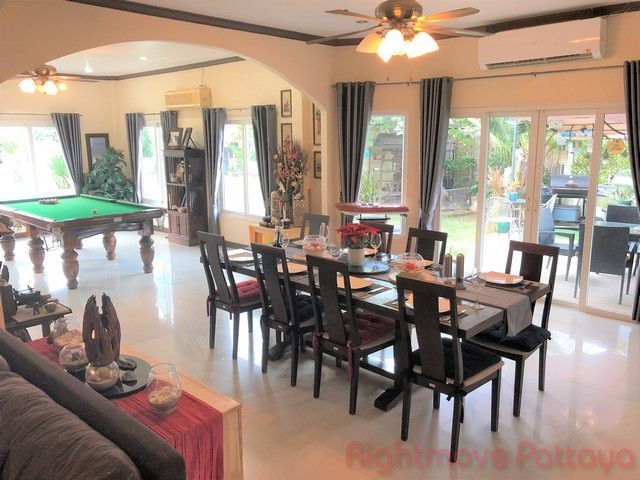 not in village house for sale in East Pattaya
